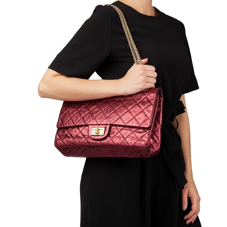 2009 Chanel Red  Metallic Aged Calfskin Leather 2.55 Reissue 227 Double Flap Bag For Sale 5