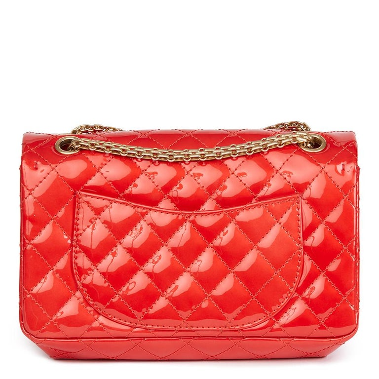 2008 Chanel Red Quilted Patent Leather 2.55 Reissue 225 Accordion Flap Bag In Excellent Condition For Sale In Bishop's Stortford, Hertfordshire