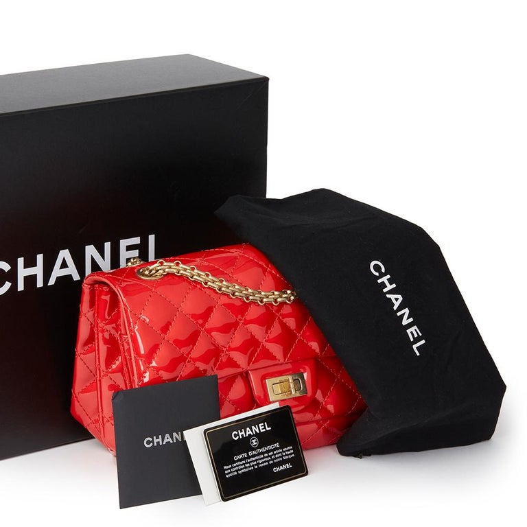 2008 Chanel Red Quilted Patent Leather 2.55 Reissue 225 Accordion Flap Bag For Sale 5