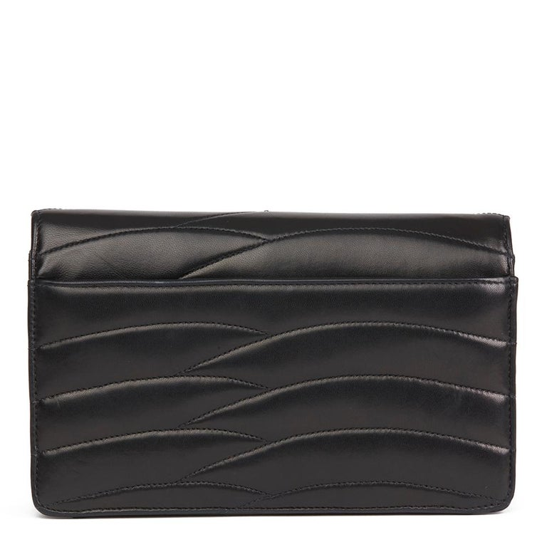 Women's 1992 Chanel Black Wave Quilted Lambskin Vintage Classic Clutch For Sale