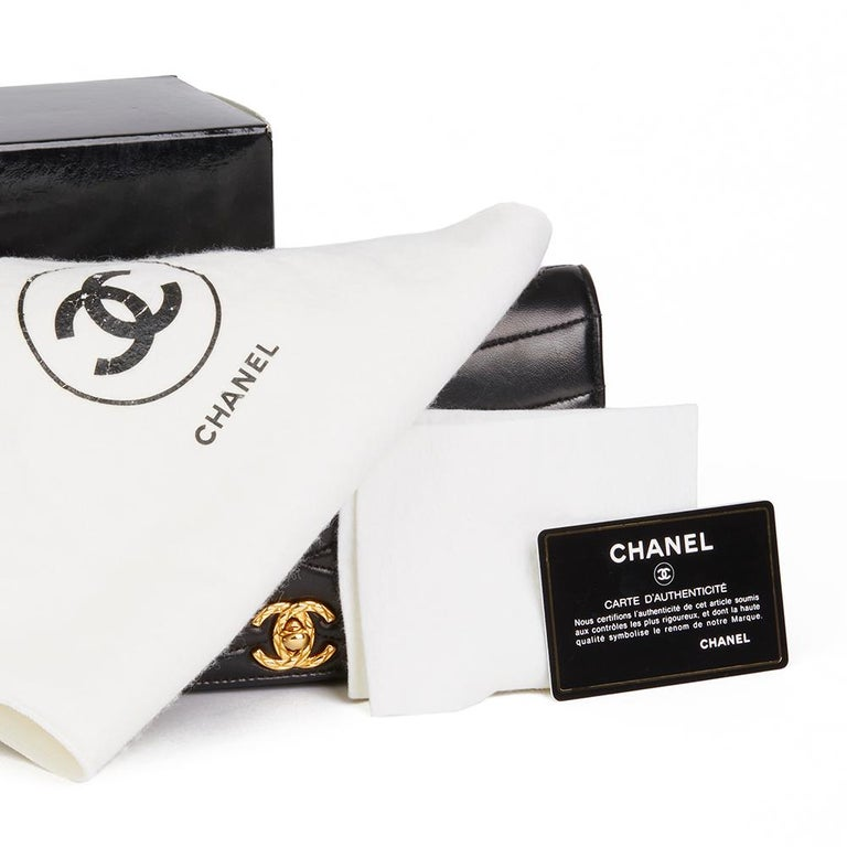 1992 Chanel Black Wave Quilted Lambskin Vintage Classic Clutch For Sale 5