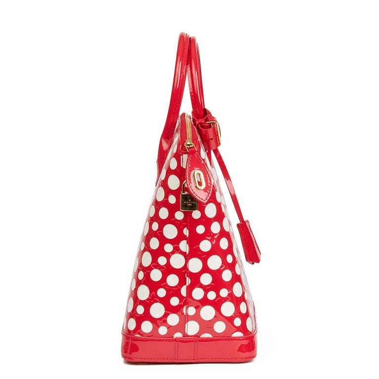2012 Louis Vuitton Red Vernis Leather Dots Infinity Yayoi Kusama Lockit MM In Excellent Condition For Sale In Bishop's Stortford, Hertfordshire