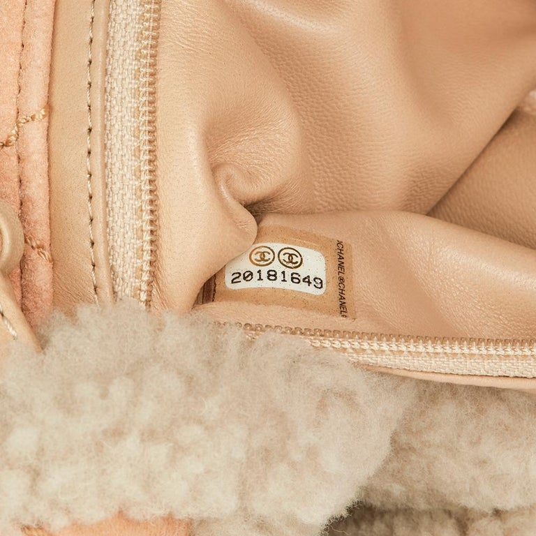 75671e0b5e70 Chanel Light Beige Pearl Shearling and Lambskin Single Flap Bag, 2014 For  Sale 5