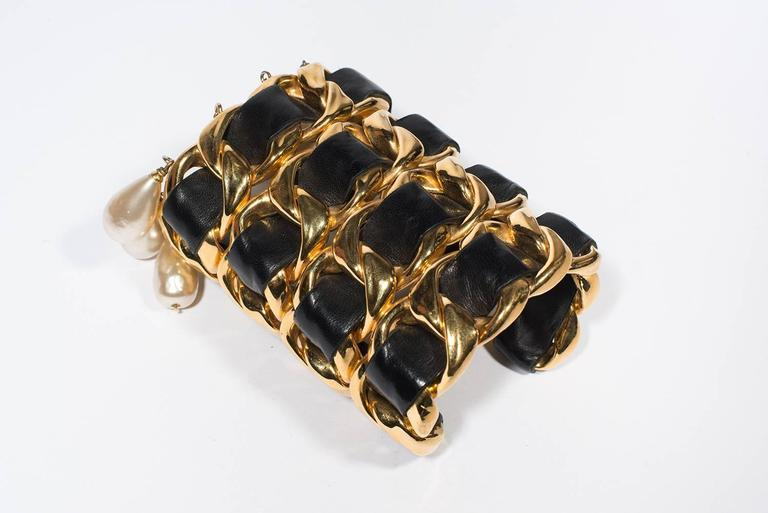Chanel Vintage Amazing Cuff  1988-1992 For Sale 1