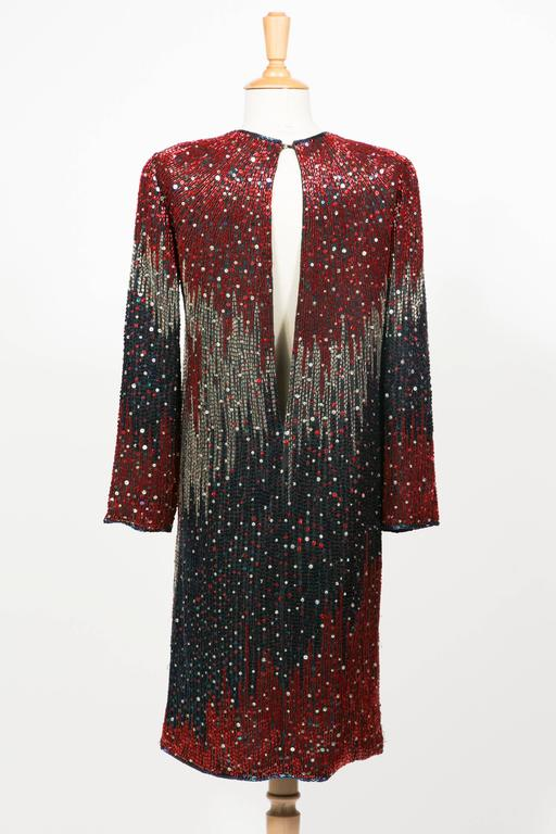 1985/90 Halston Cocktail Red Blu White Embroidered  In Excellent Condition For Sale In Paris, FR