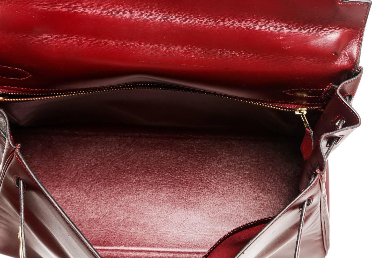 Hermes Burgundy Leather 32cm Kelly Handbag GHW For Sale at 1stdibs