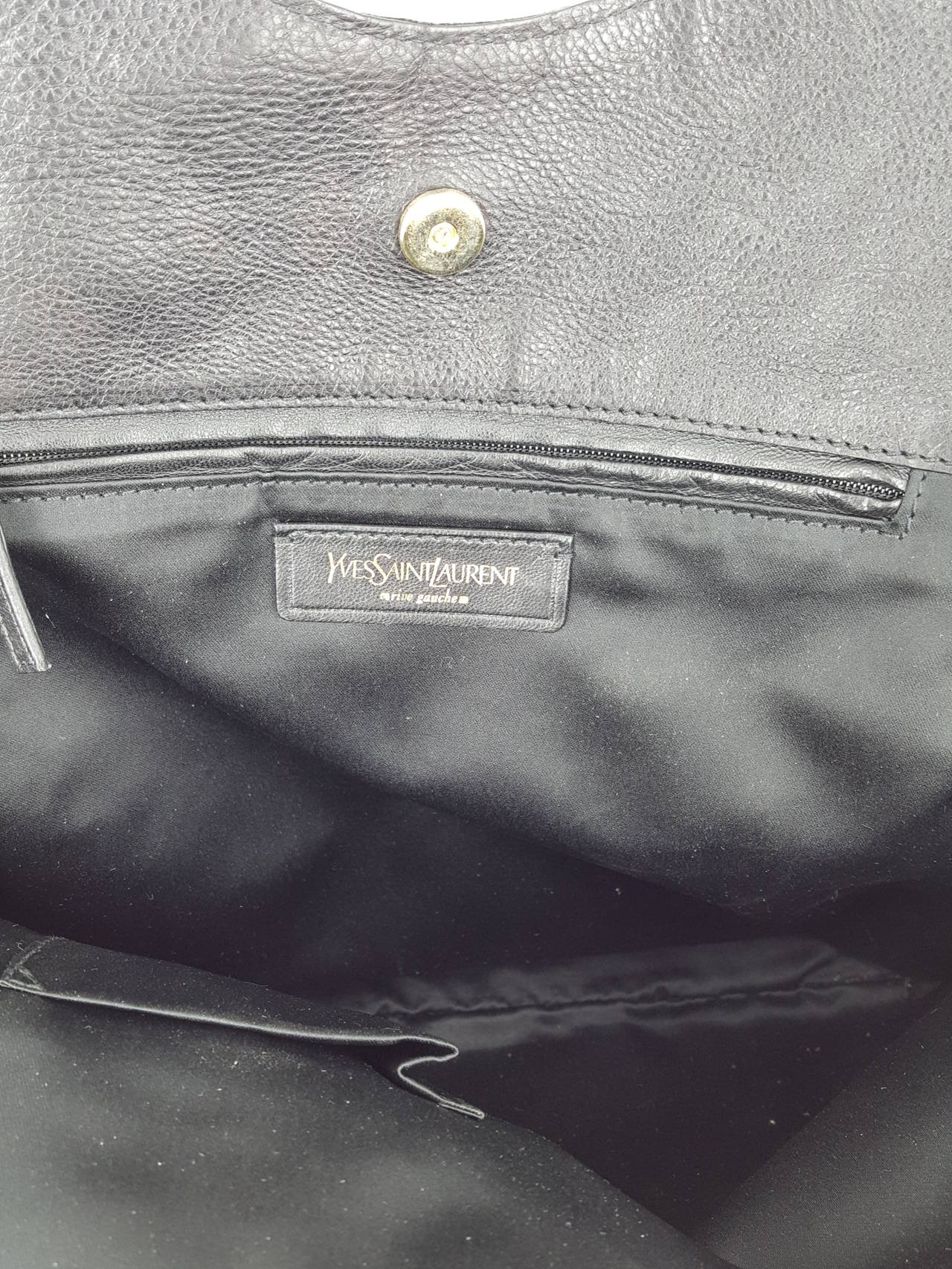 YSL Yves Saint Laurent Black Leather Tribute Bag. For Sale 3