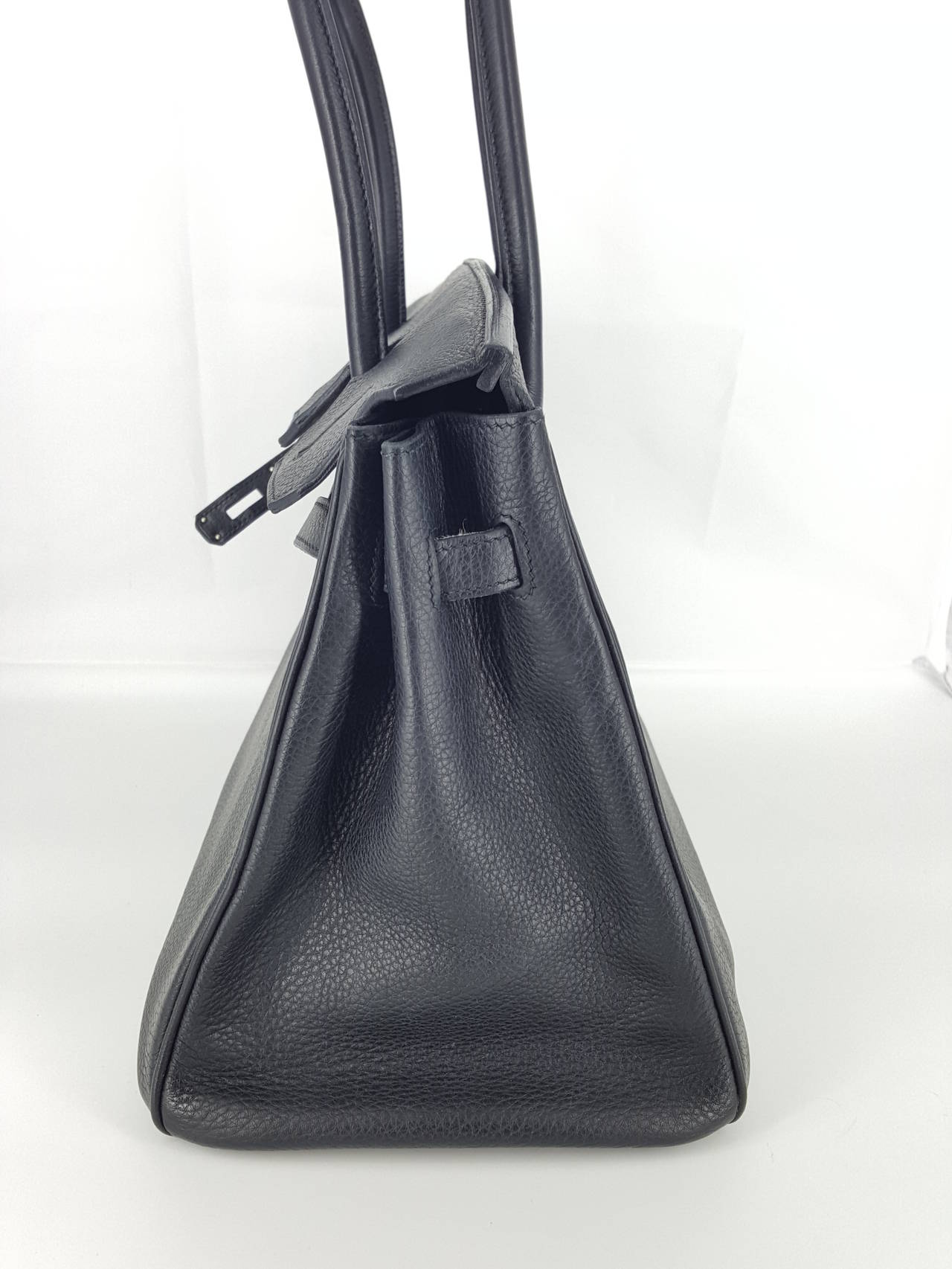 HERMES Birkin 35 CM In Black Clemence Leather With Palladium Hardware. In Good Condition For Sale In Delray Beach, FL