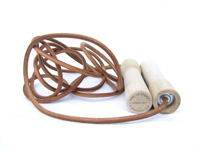 Rare Hermes Jumping Rope In Leather and Wood Limited Edition Never Used 8
