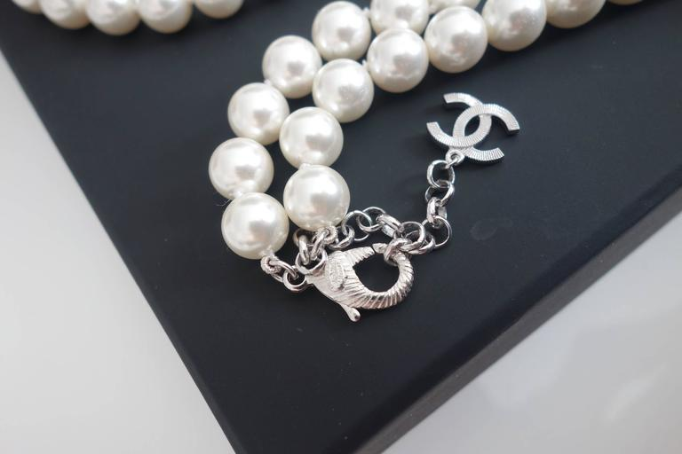CHANEL CC Smiley Emoji Crystal White Pearl Beaded Long Necklace 2016 3
