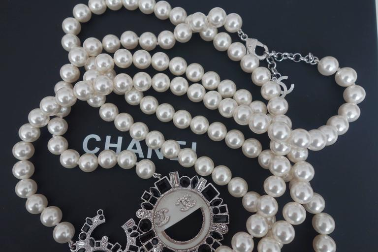 CHANEL CC Smiley Emoji Crystal White Pearl Beaded Long Necklace 2016 5