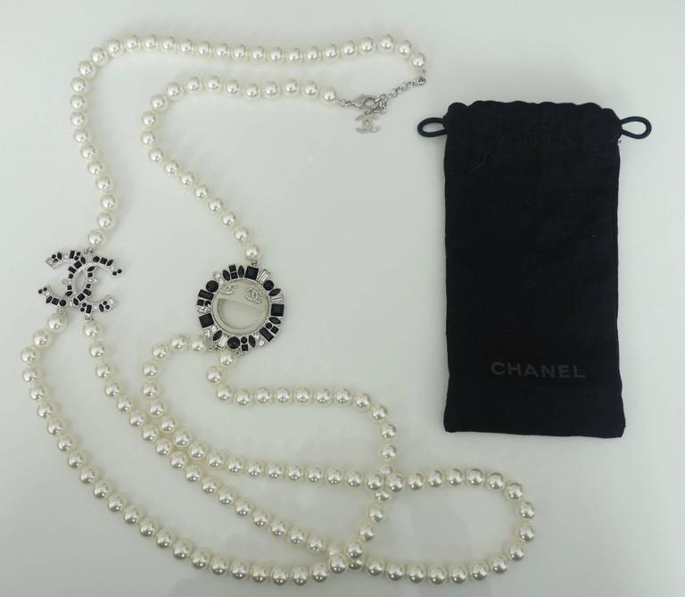 CHANEL CC Smiley Emoji Crystal White Pearl Beaded Long Necklace 2016 10
