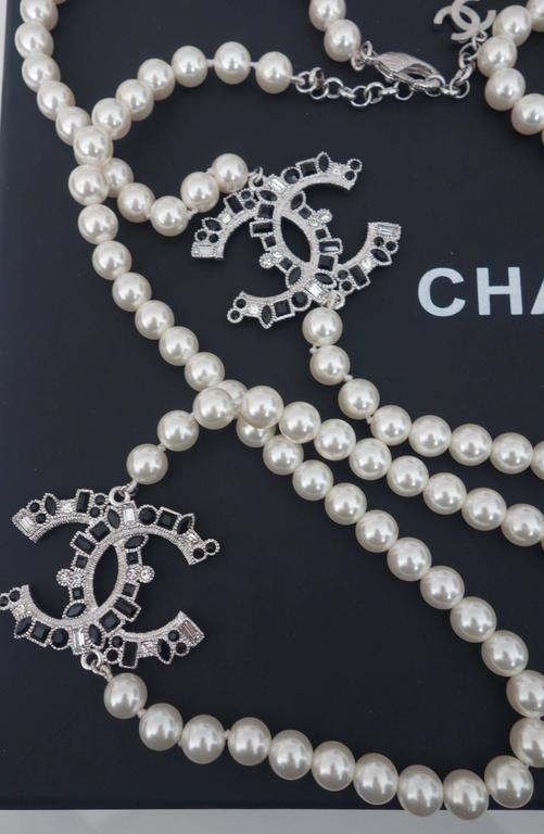 CHANEL CC Beaded Necklace White Pearls Black Crystal 2016 2