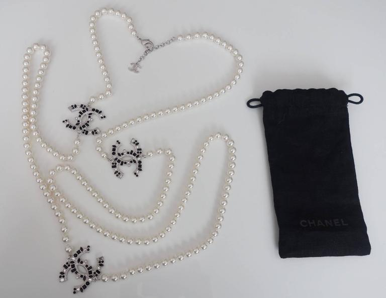 CHANEL CC Beaded Necklace White Pearls Black Crystal 2016 10