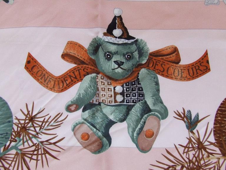Women's Hermes Silk Scarf Confidents des coeurs Bears Pink Blue 90 cm For Sale