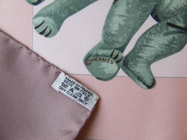 Hermes Silk Scarf Confidents des coeurs Bears Pink Blue 90 cm For Sale 2