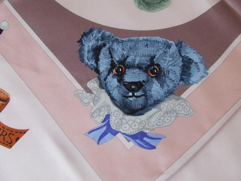 Hermes Silk Scarf Confidents des coeurs Bears Pink Blue 90 cm For Sale 4
