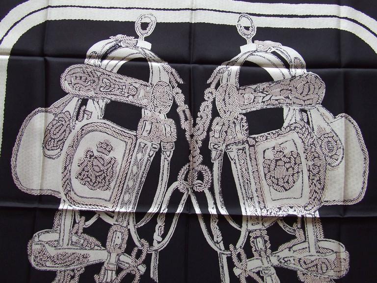 Women's Hermes Silk Scarf Brides de Gala Brode Main Red Black White 90 cm Box For Sale
