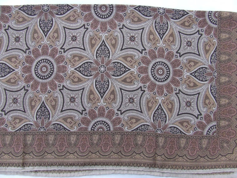 Women's Hermes Long Scarf Stole Pashmina Cashmere Silk Indian Pattern Shades of Beige For Sale