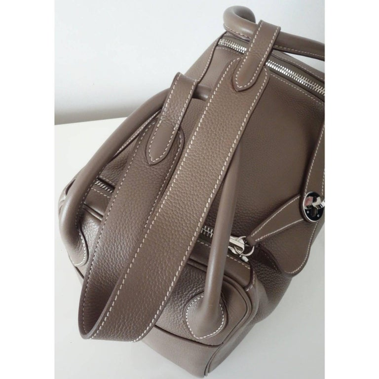 Women's Hermes Lindy Hand Bag 2 ways Etoupe Taurillon Clemence Leather PHW 30 cm For Sale