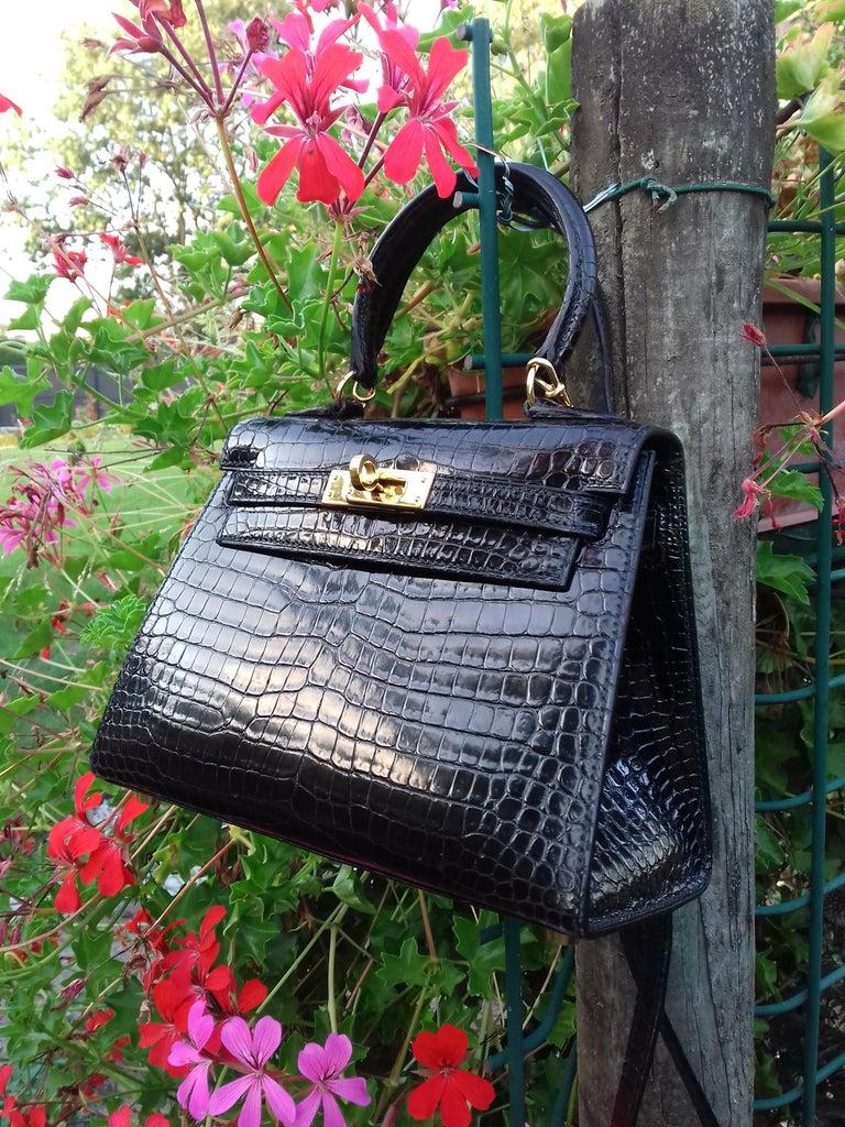 9272f2eeb5115 HERMES Seltene Mini Kelly Sellier Bag Schwarz Noir Porosus Krokodil GHW 20  cm 12