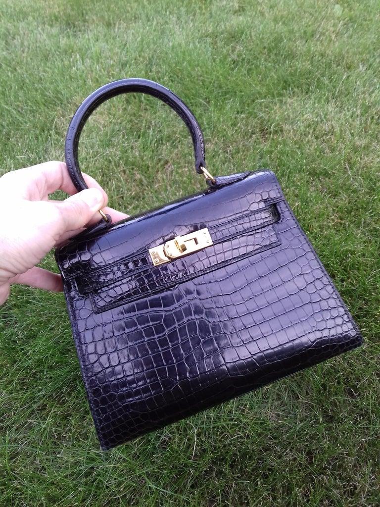 fa0efff69976f HERMES Seltene Mini Kelly Sellier Bag Schwarz Noir Porosus Krokodil GHW 20  cm 18