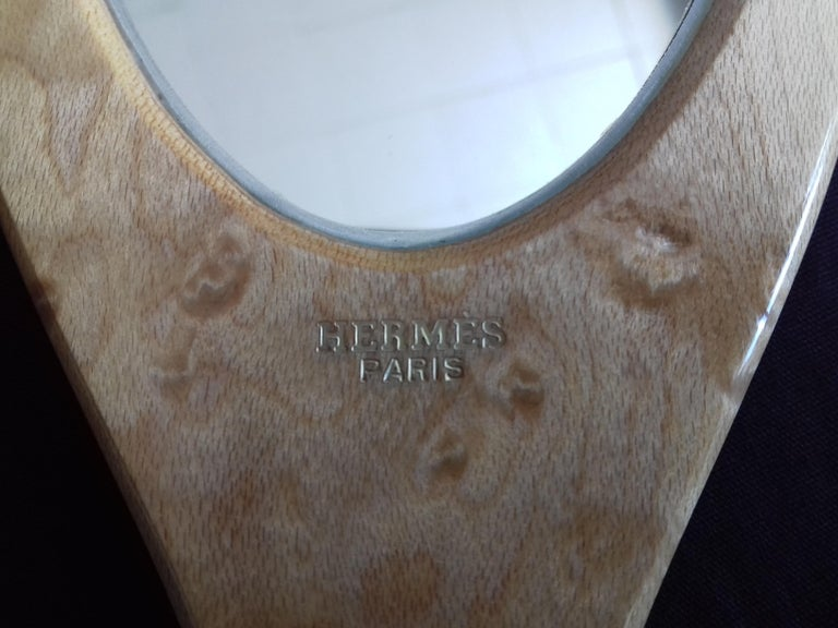 Hermès Marquetry Lacquered Wood Hair Brush and Mirror Set  For Sale 4
