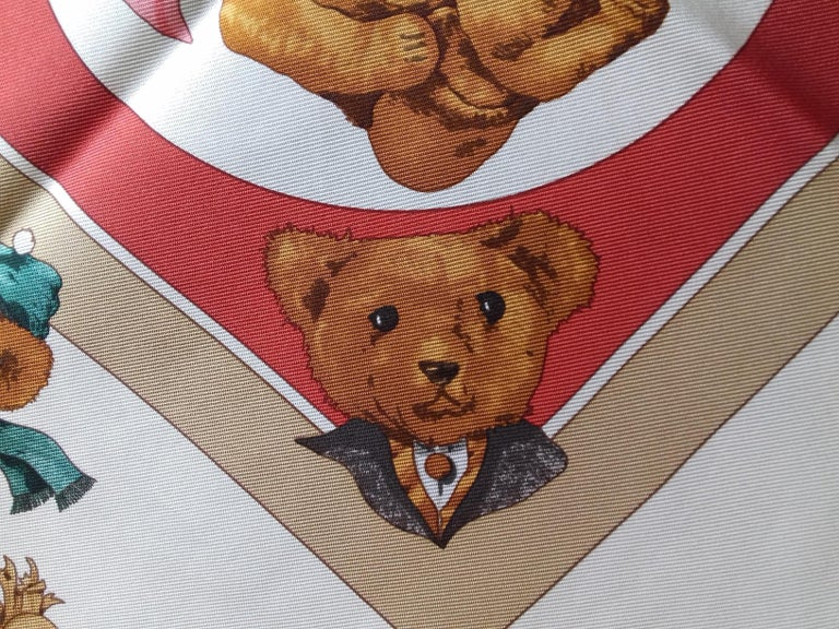 Hermès Silk Scarf Gavroche Confidents des Coeurs Bear Loic Dubigeon 43 cm For Sale 10