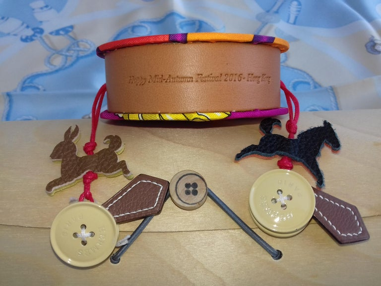 Hermès Petit H Tambourine Rattle Toy Silk Leather Wood in Box For Sale 3