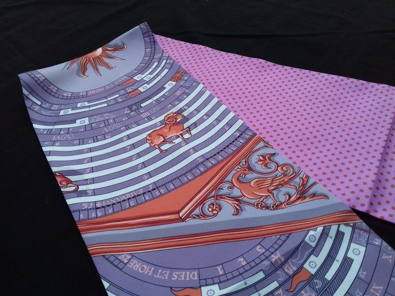 Hermès Silk Scarf Maxi Twilly Cut Astrologie Pois (Dies et Hore) Parma In Box For Sale 1