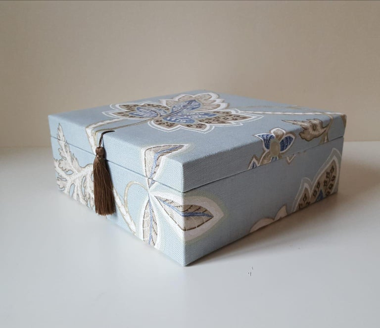 Leaves Pattern Fabric Decorative Storage Box for Scarves  For Sale 3