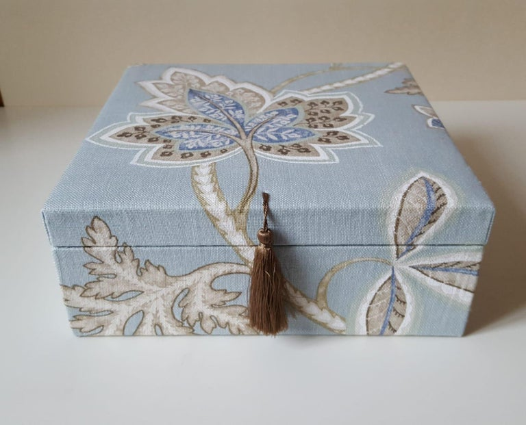Leaves Pattern Fabric Decorative Storage Box for Scarves  For Sale 4
