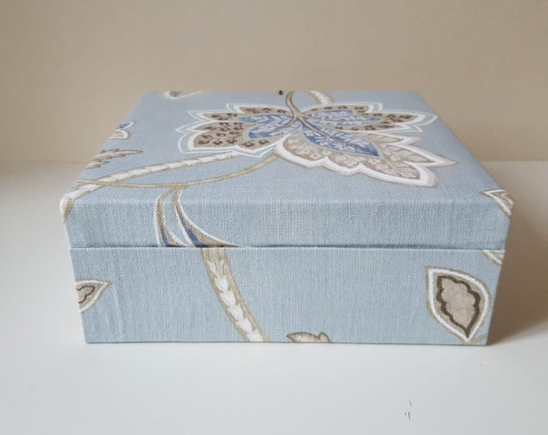 Leaves Pattern Fabric Decorative Storage Box for Scarves  For Sale 5