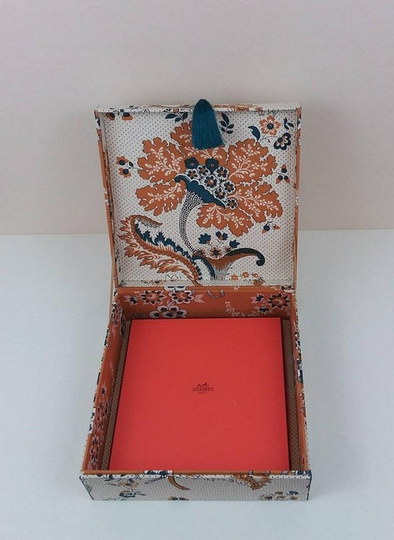 Amboise Pierre Frey Fabric Decorative Storage Box for Scarves Handmade in France For Sale 4
