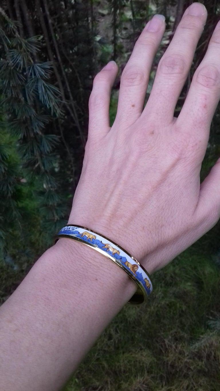 Hermès Printed Enamel Bracelet Lions and Lionesses Narrow Gold Hdw Size PM 65 For Sale 10