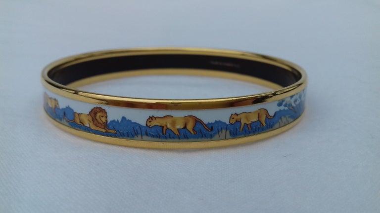 Hermès Printed Enamel Bracelet Lions and Lionesses Narrow Gold Hdw Size PM 65 For Sale 8