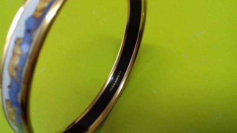 Hermès Printed Enamel Bracelet Lions and Lionesses Narrow Gold Hdw Size PM 65 For Sale 9