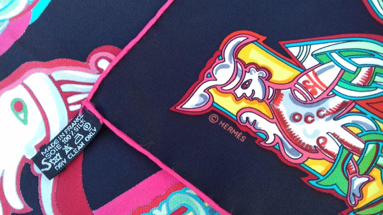Hermès Silk Scarf ALPHABET RUSSE Evgenia Miroshnichenko Rare in Black 90 cm For Sale 9