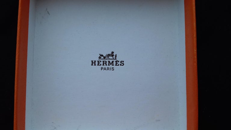Hermès Enamel Printed Bracelet Elephants Grazing Red Ghw Size GM RARE In Good Condition For Sale In ., FR