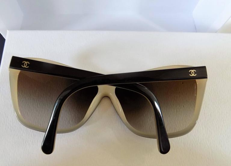 Chanel Black Cream Sunglasses For Sale 1
