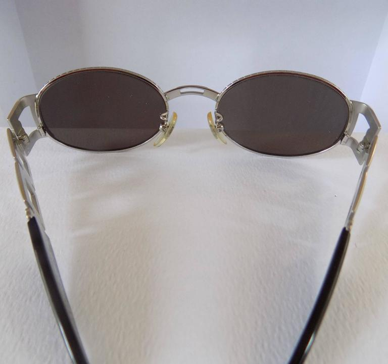 Fendi Black Silver Sunglasses In Excellent Condition For Sale In Capri, IT