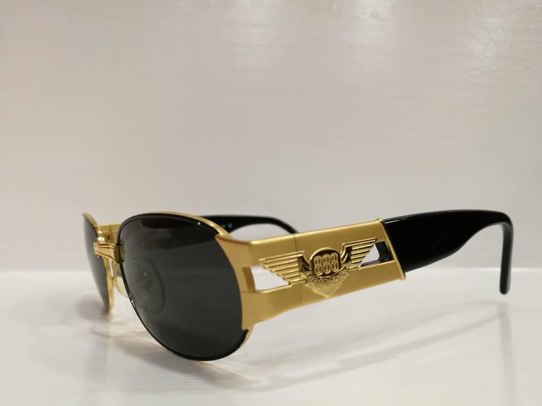 Women's or Men's Police Black and Gold Sunglasses For Sale