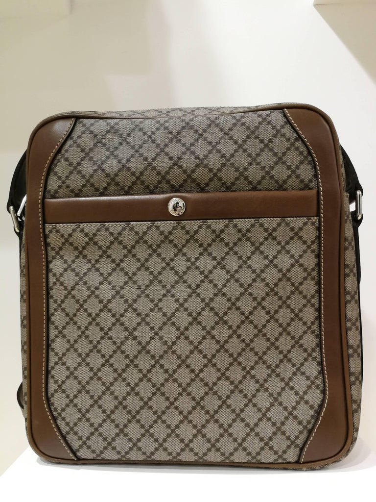 Gucci GG Brown NWOT Shoulder Bag In New Condition For Sale In Capri, IT