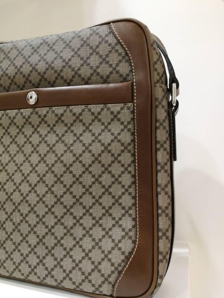 Gucci GG Brown NWOT Shoulder Bag For Sale 1