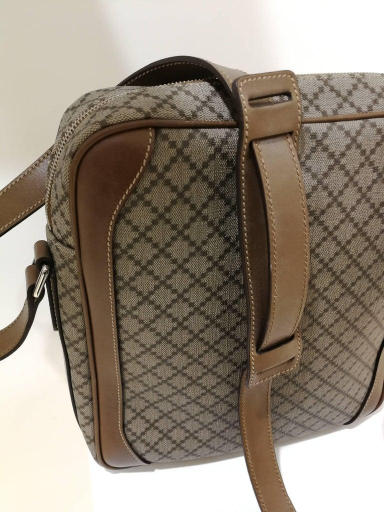 Gucci GG Brown NWOT Shoulder Bag For Sale 4