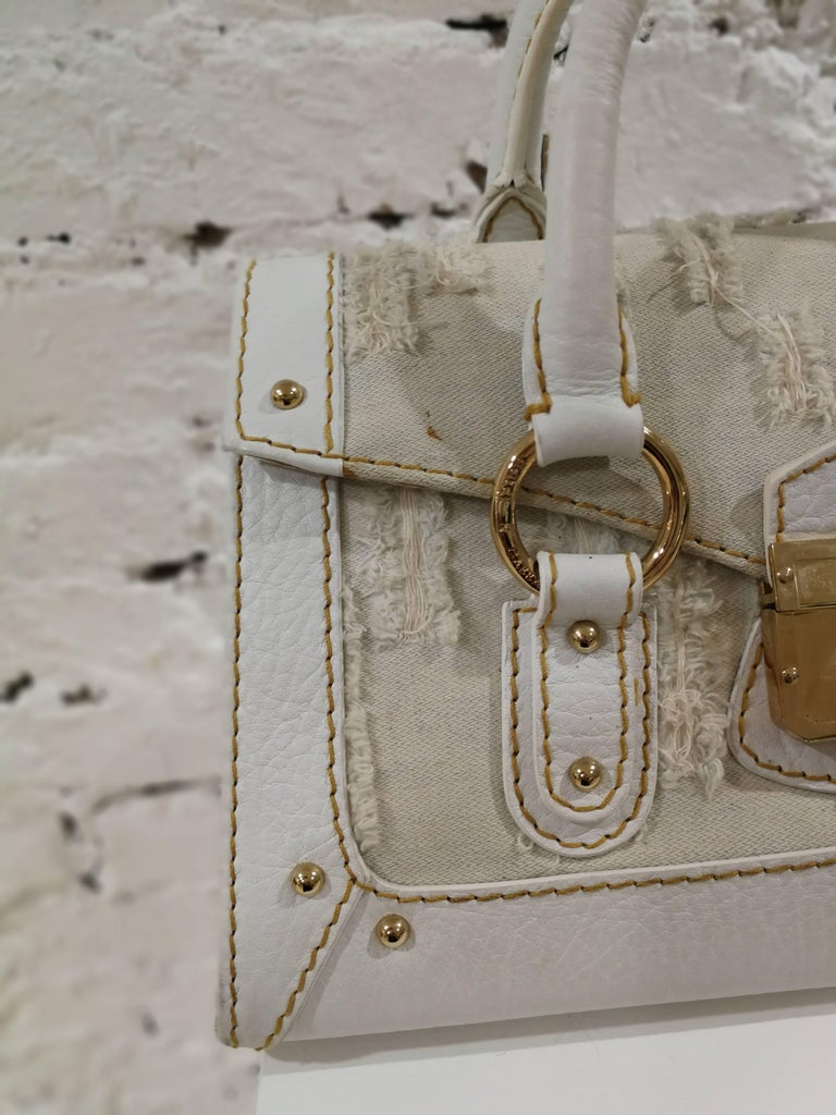 Dolce & Gabbana white leather Denim Handle Shoulder Bag In Good Condition For Sale In Capri, IT