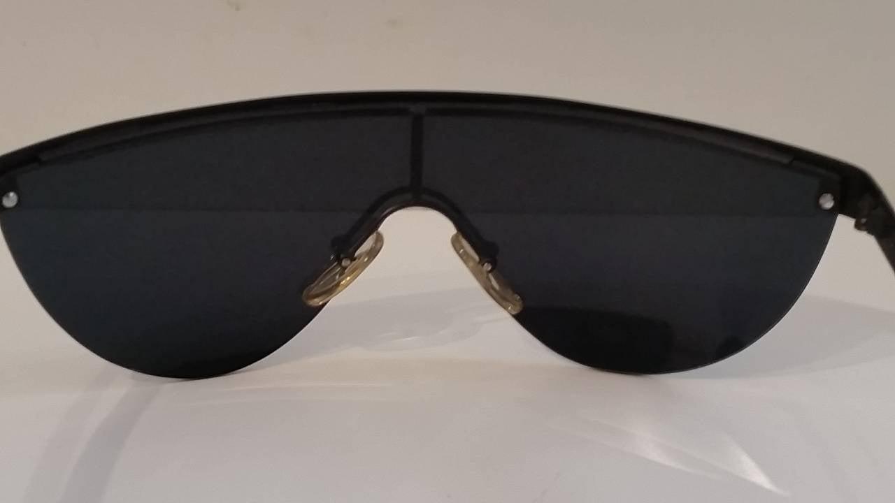1980s Gianfranco Ferre black sunglasses 3