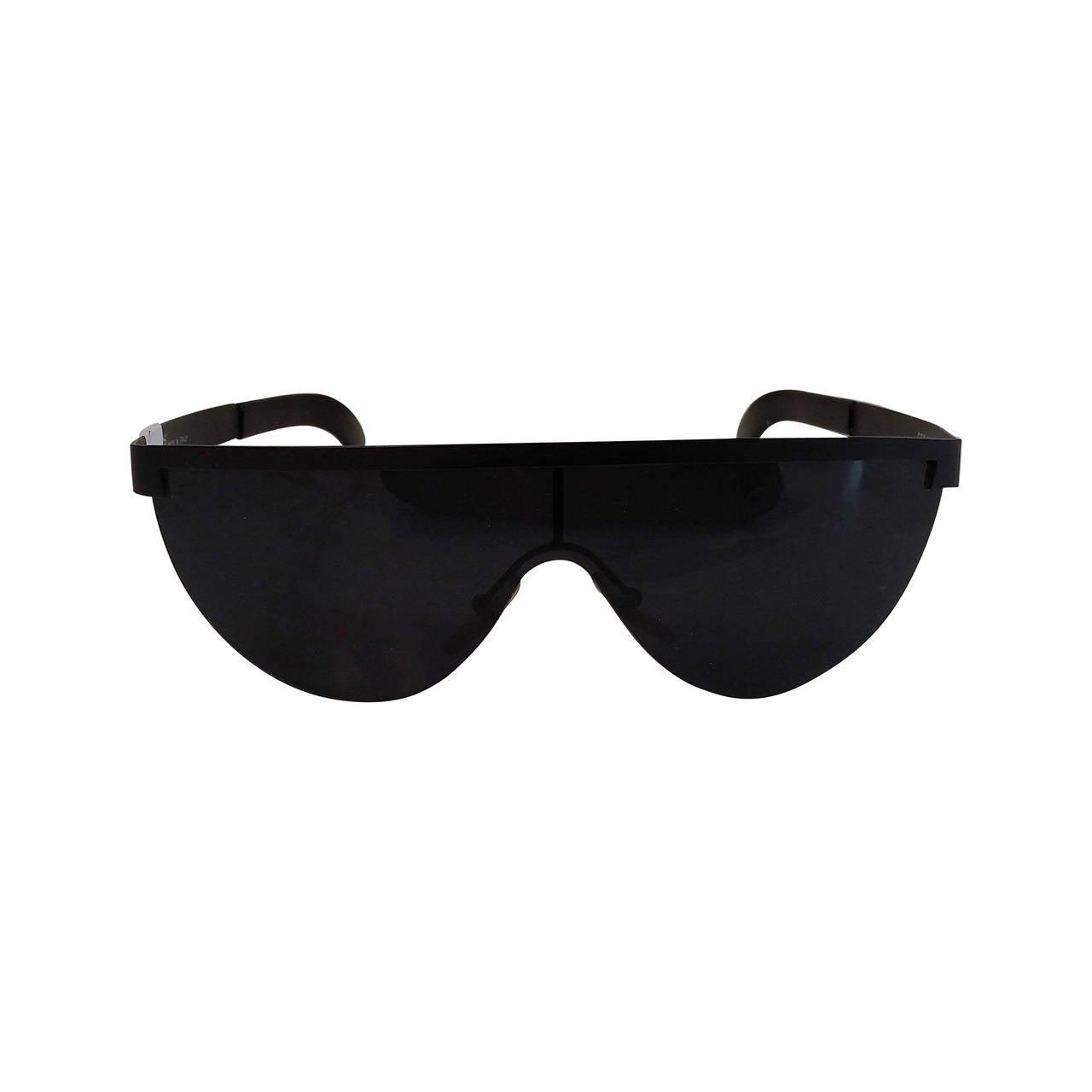 1980s Gianfranco Ferre black sunglasses 1