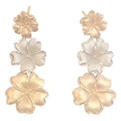 2000s 18k gold earrings