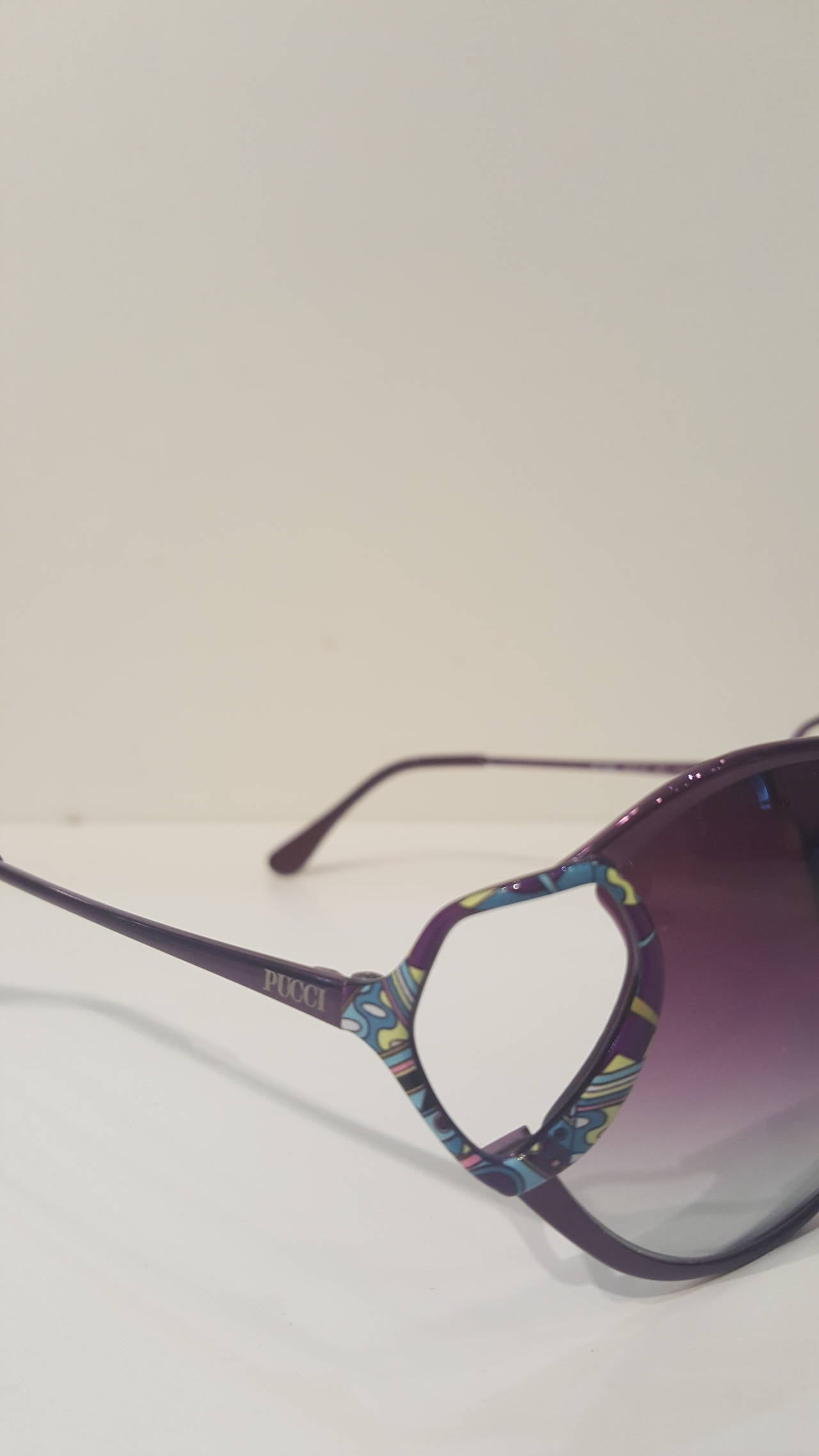 1990s Emilio Pucci purple sunglasses In Excellent Condition For Sale In Capri, IT